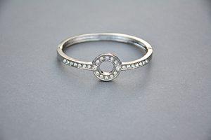 טבעת בעיצוב מיוחד