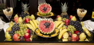 עמדת פירות חתוכים